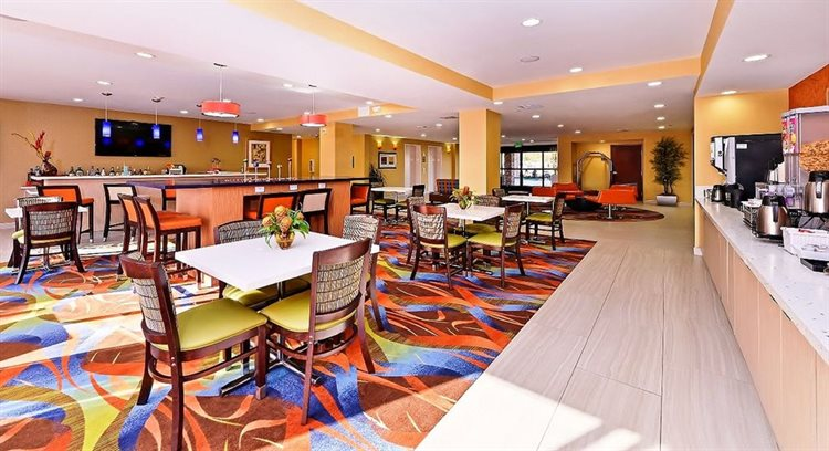 Best Western Plus Fresno Airport